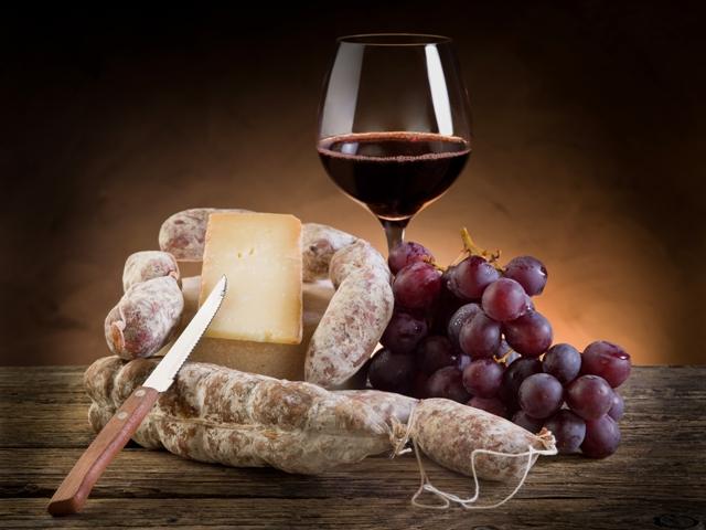 salumi e vino_bicchiere